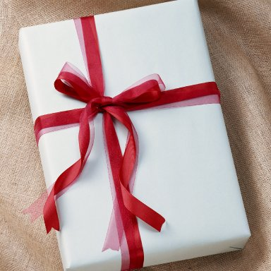 Kay Wrapiings Gift Box